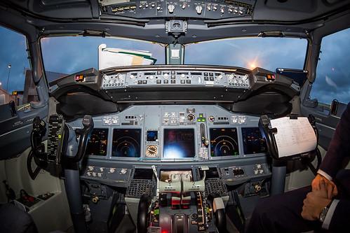 KLM, B737-700, PH-BGU