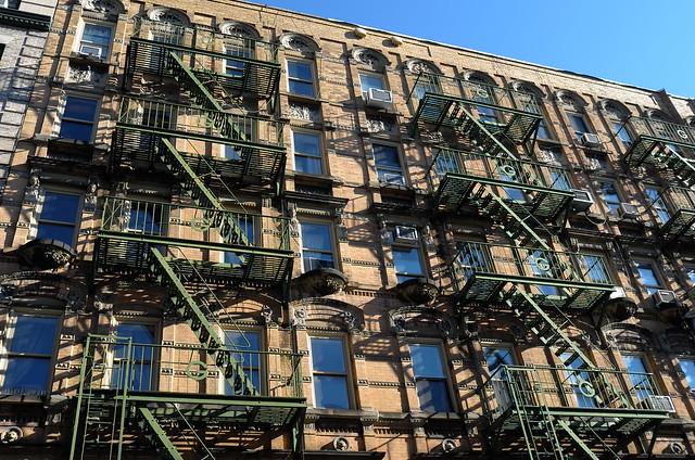Bleecker Street NY, 26 Dec 2014. L176