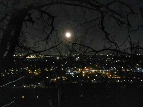 Full Moon,  (the Wolf Moon) over south Tulsa from Turkey Mountain. #fullmoon #wolfmoon #southtulsa #tulsa #oklahoma #igersok #running #nightrunning #trailrunning #cityscape