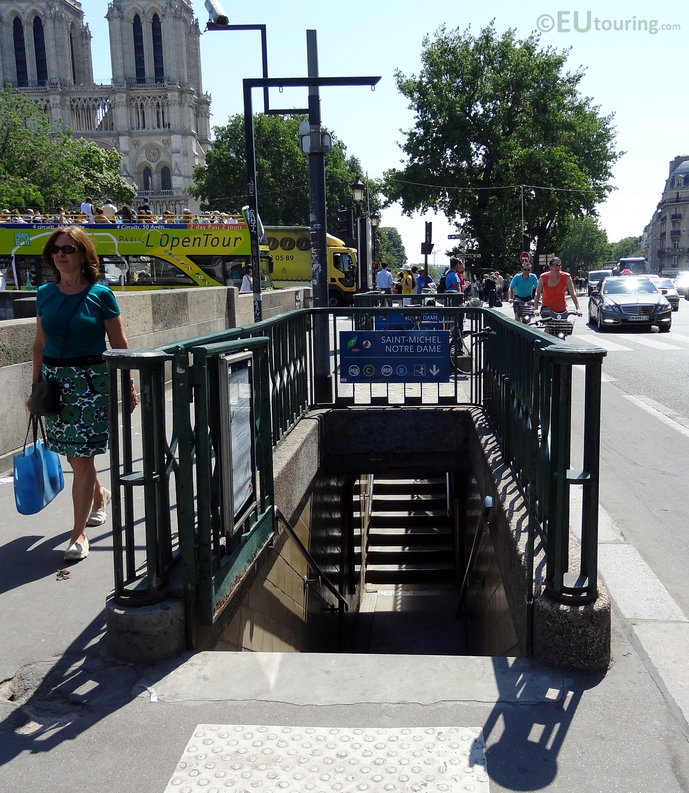 Saint michel rer entrance eutouring - Metro saint michel paris ...