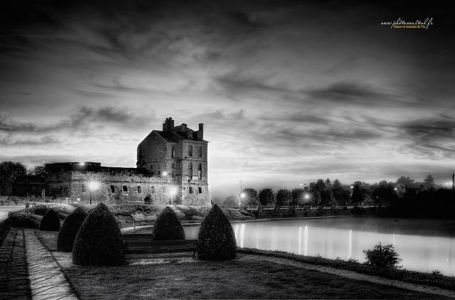 Le beau vieux château de Quintin