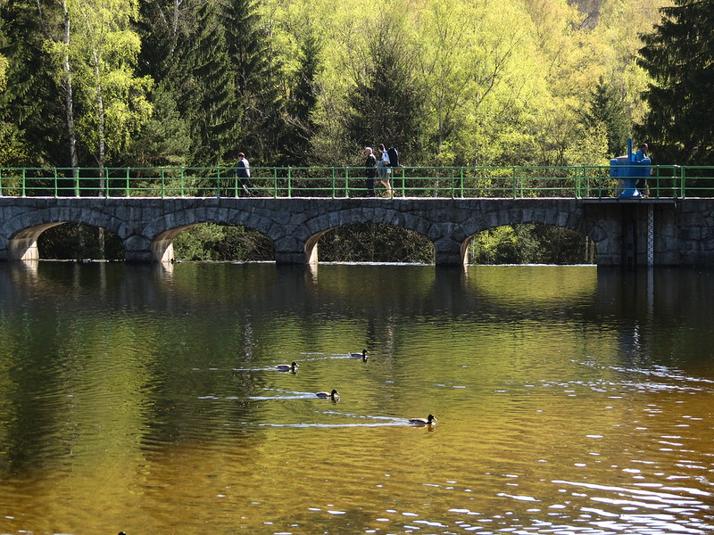 Stausee Karpac und Brücke