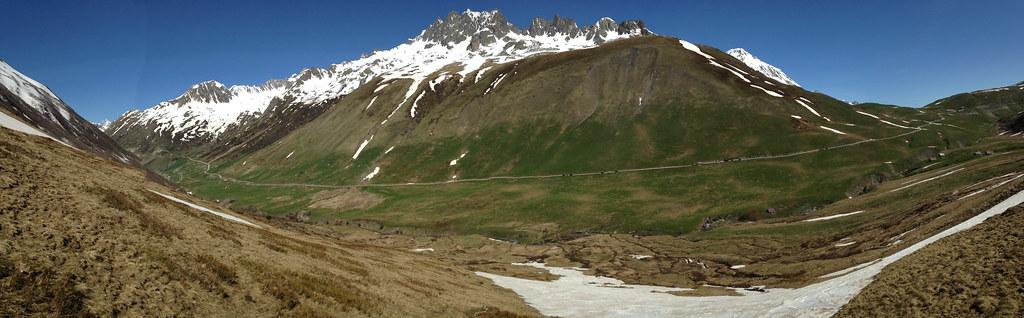 Vue sur le versant des Aiguilles de l'Argentière