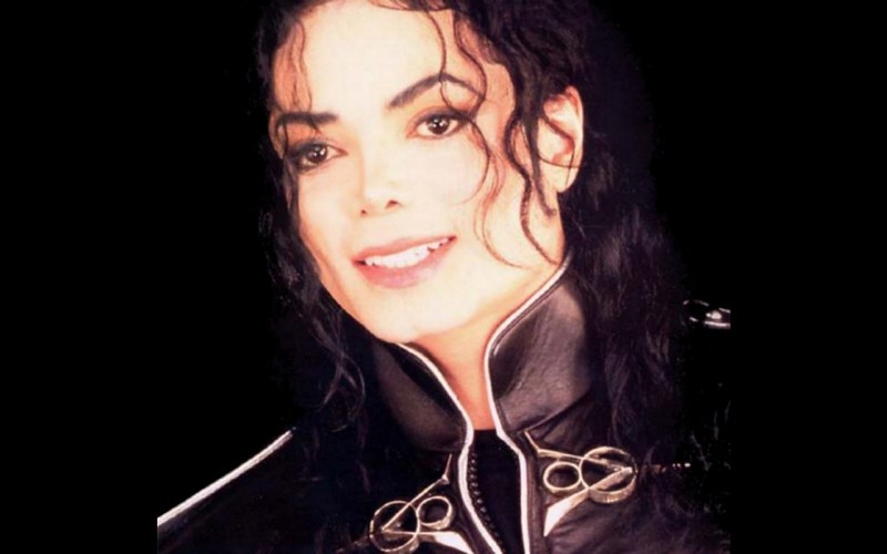 Фото | Майкл Джексон с витилинго