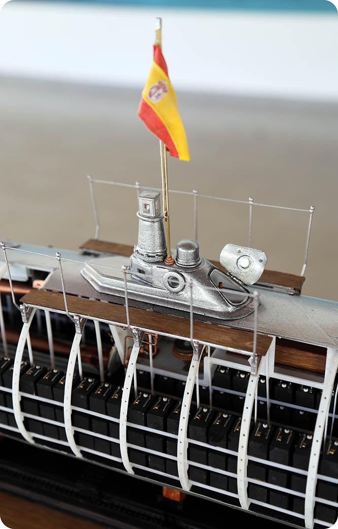 Presentan una maqueta del submarino Peral según los planos originales