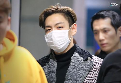 TOP - Incheon Airport - 16mar2015 - Utopia - 06