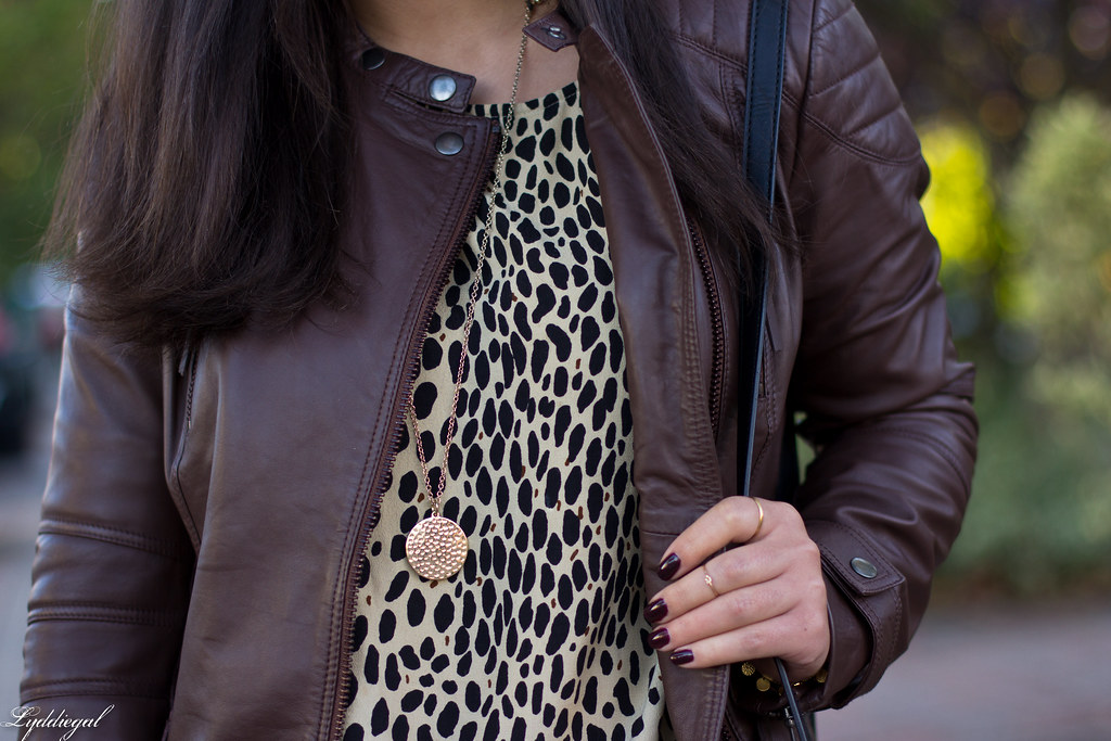 leopard tunic, red pants, leather jacket-8.jpg