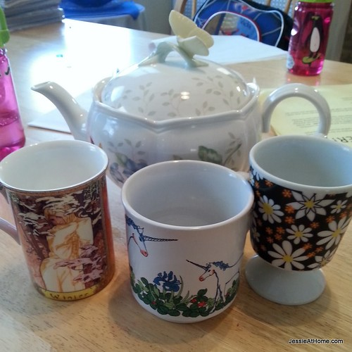 fun-mugs-for-after-school-cocoa