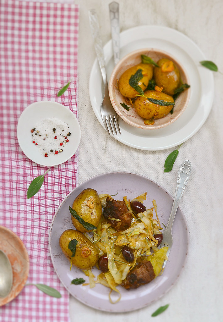 ragout from cabbage with pork.5