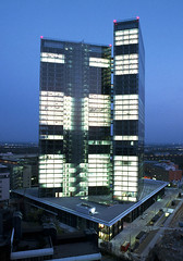 Twin_Tower_01