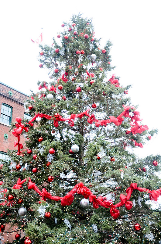 christmas-market-toronto-distillery district