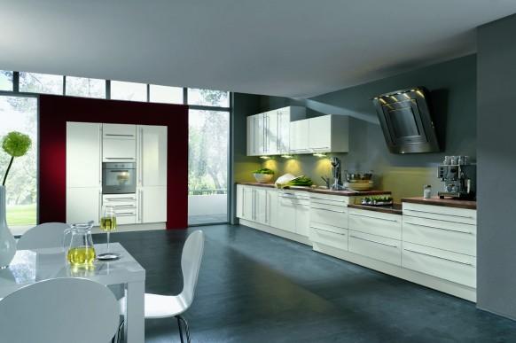 Nhà bếp với nội thất phóng khoáng từ ALNO