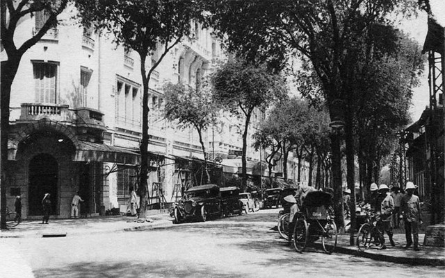 KS  SAIGON PALACE - Ngã tư Tự Do-Ngô Đức Kế, khoảng 1920