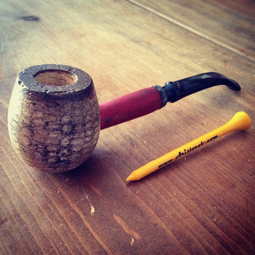 My newsest corncob pipe - a DIPLOMAT APPLE (RUSTICOB-Bent) Missouri Meerschaum from Aristocob