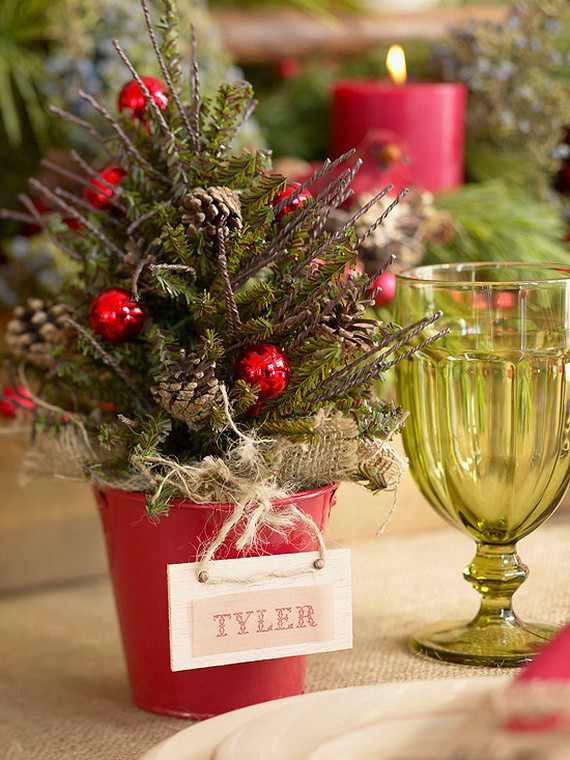 13 A-Festive-Christmas-Table-Decoration-In-Style_098