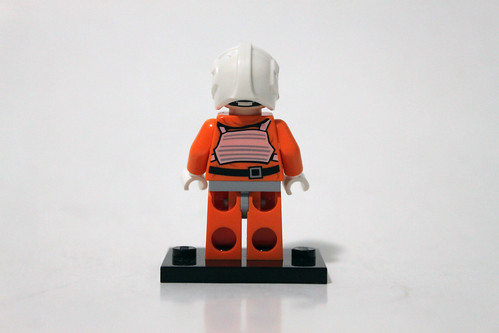 LEGO Star Wars 2014 Advent Calendar (75056) – Day 16 - Rebel Pilot