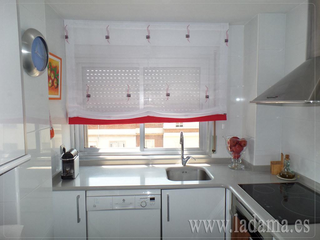Fotograf as de cortinas de cocina - Estores para cocinas modernas ...