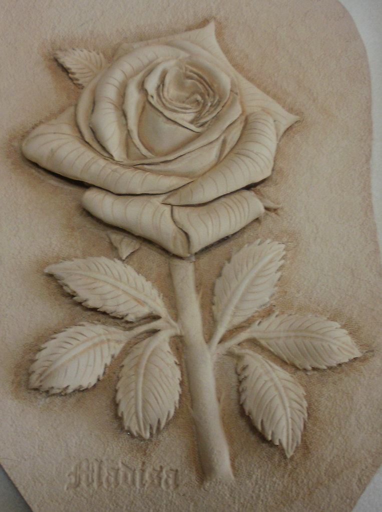 가죽공예 장미 d 카빙 leather craft rose carving a photo on
