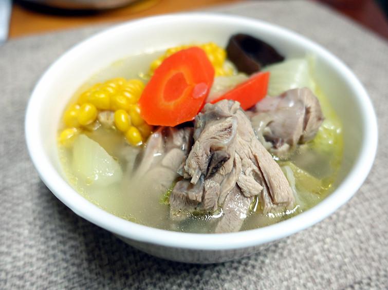 什麼菜適合煮雞湯,清燉雞湯,清燉雞湯電鍋,蔬菜湯,蔬菜雞湯,蔬菜雞湯料理,蔬菜雞湯電鍋,雞湯 @Amanda生活美食料理