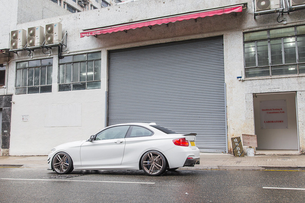 my 220i in hong kong w lots of mods. Black Bedroom Furniture Sets. Home Design Ideas