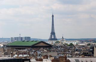 Vue sur la Tour Eiffel depuis la terrasse des Galeries Lafayette