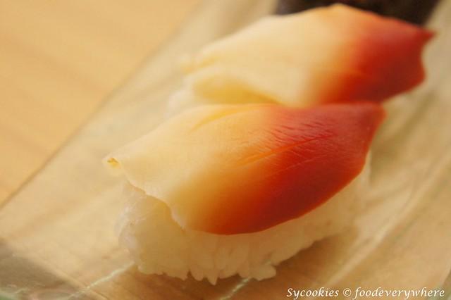 8.senjyu- Hokkigai Sushi RM 10 (1)