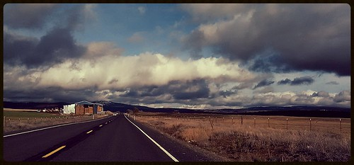 travel sky clouds oregon rural highway december country 2014