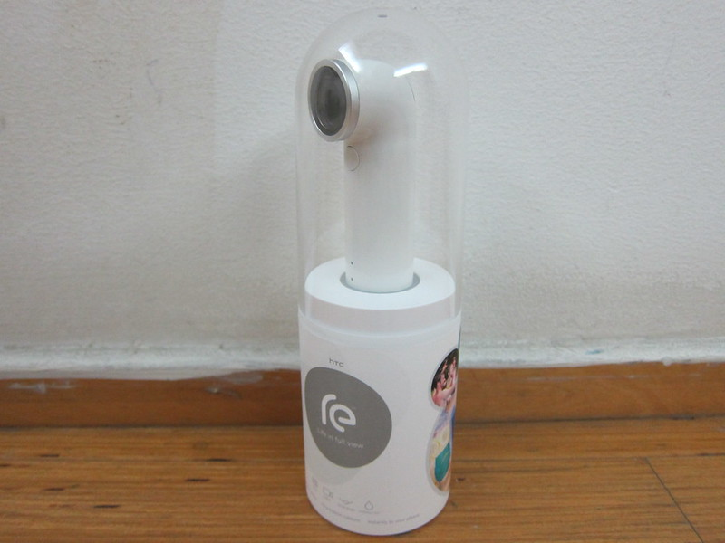 HTC RE Camera - Packaging
