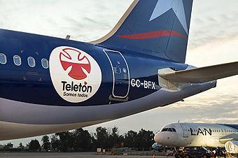 LAN apoyando a la Teletón (LAN)