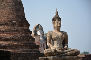 Image of Wat Mahathat near Ban Na. travel nature thailand bangkok culture buddhism temples chiangmai krabi lanna tempel sukhothai lampang kolanta ayutthaya reizen 2014 arps paularps afsdxnikkor18140mm