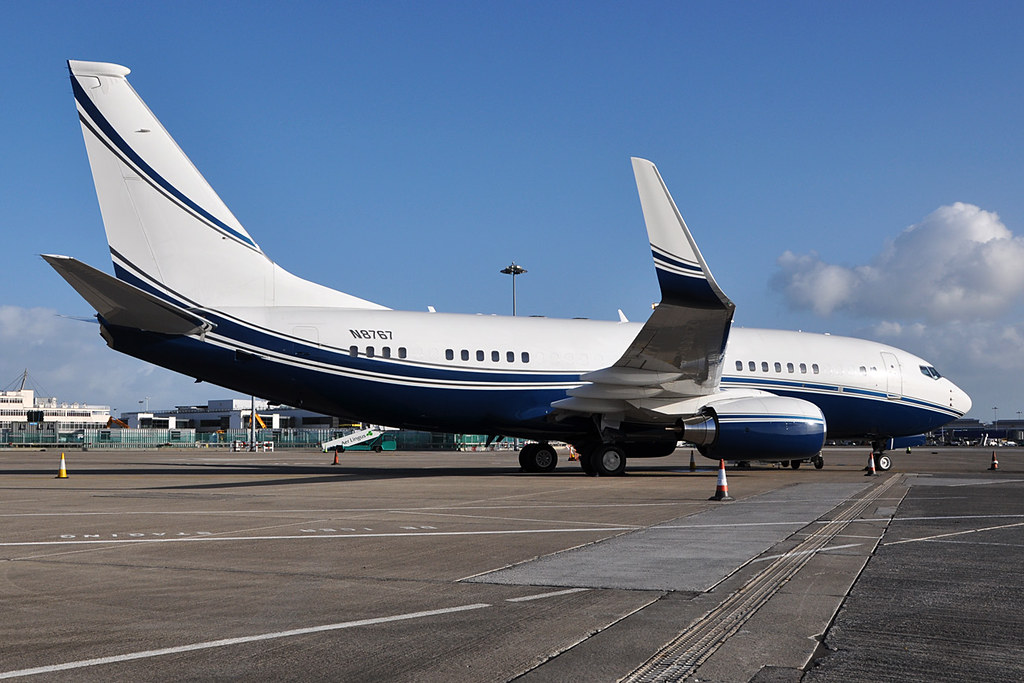 N8767 - B737 - National Airlines