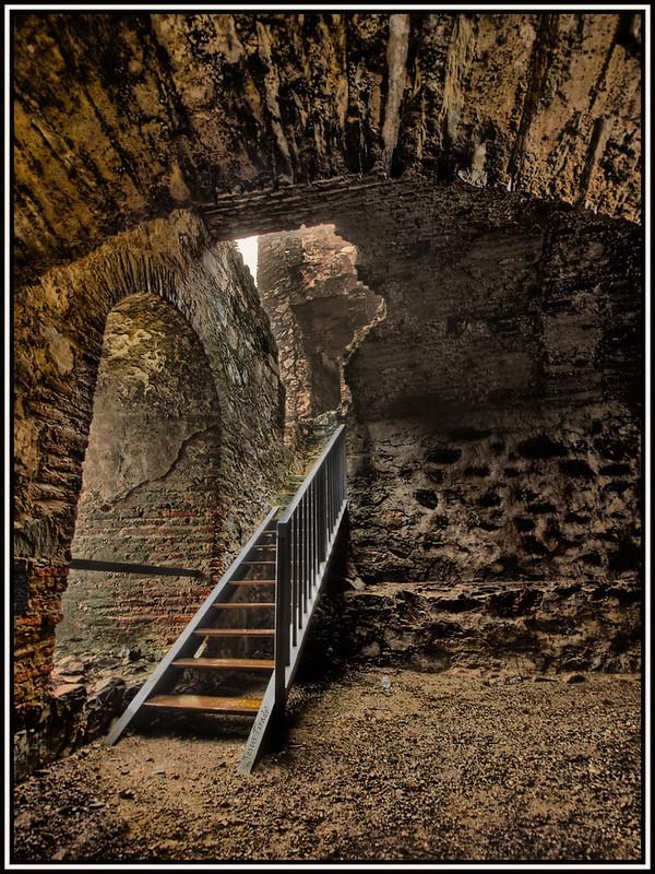 Quedada al castillo de Mirabel 15689604374_9d735734bb_c