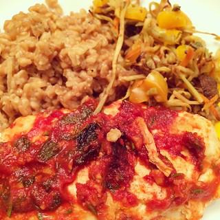 Tomato-Garlic Roasted Chicken