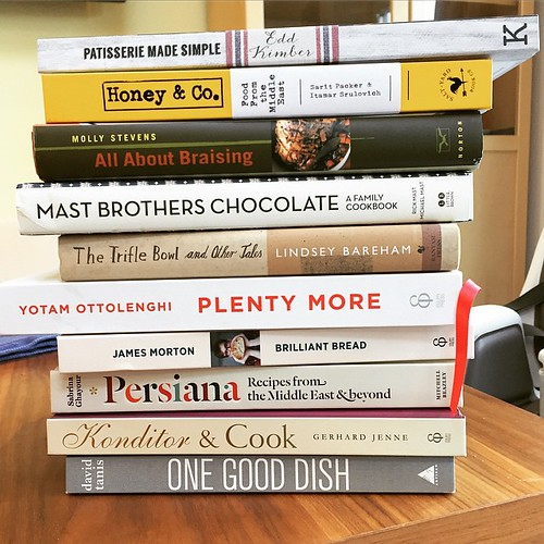 The Christmas cookbook haul #excessive