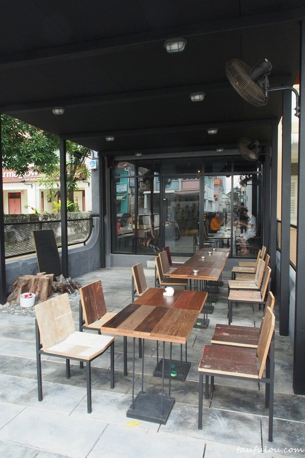 monkey cafe (2)