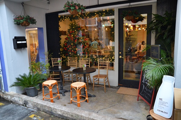 Tiny Cafes at Haji Lane