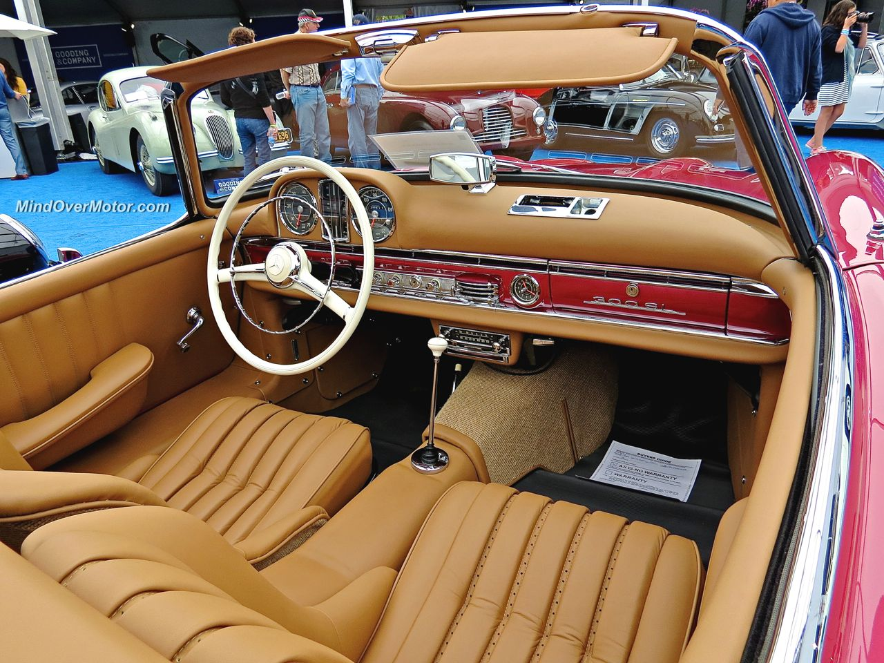 Mercedes 300SL Roadster Interior