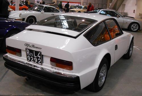 AlfaRomeo-Giulia_Junior_1600-Zagato-1974