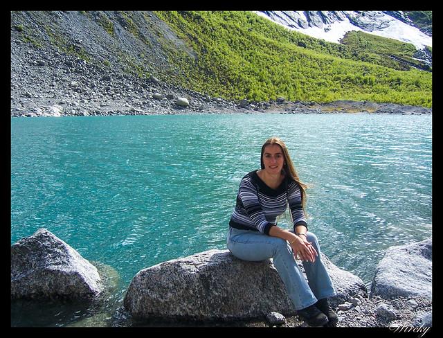 Fiordos noruegos Storfjord Geiranger Hellesylt Briksdal Loen - Lago del Glaciar de Briksdal