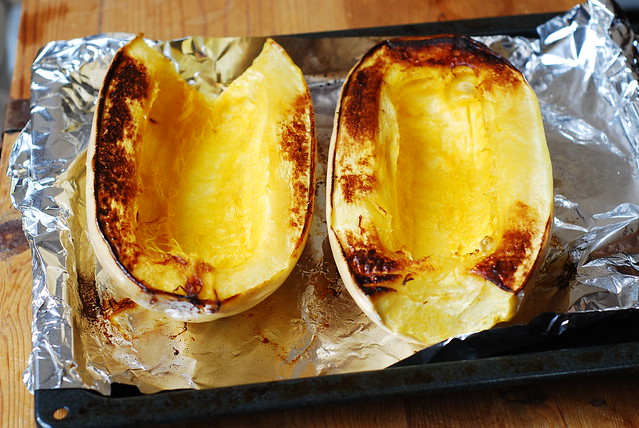 how to roast spaghetti squash in the oven, how to cook squash, cooking spaghetti squash in the oven