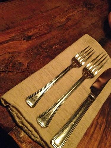restaurant-la-planque-vieux-limoilou-quebec-ustensils