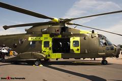 M-509 - 50148 512009 DEN09  - Danish Air Force - Agusta Westland EH-101 Mk512 Merlin Joint Supporter - Fairford RIAT 2006 - Steven Gray - CRW_1754