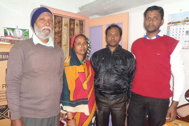 Sk Zafor Ali (in red sweater), Rank 45 in West Bengal Judicial Service Examination 2014, with his parents and elder brother