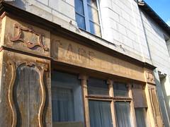 Ghost Cafe, Lerne
