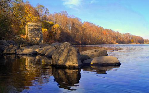 water river rocks maine waterville hdr kennebecriver kennebeccounty topazclarity pentaxk30 autosears28mmf28macro