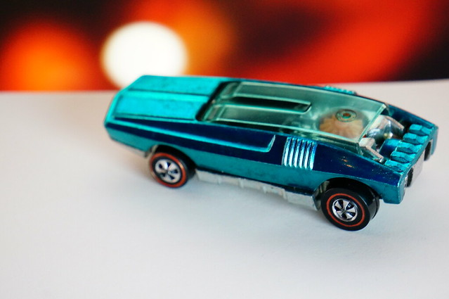 Hot Wheels Redline Aqua Whip Creamer HK