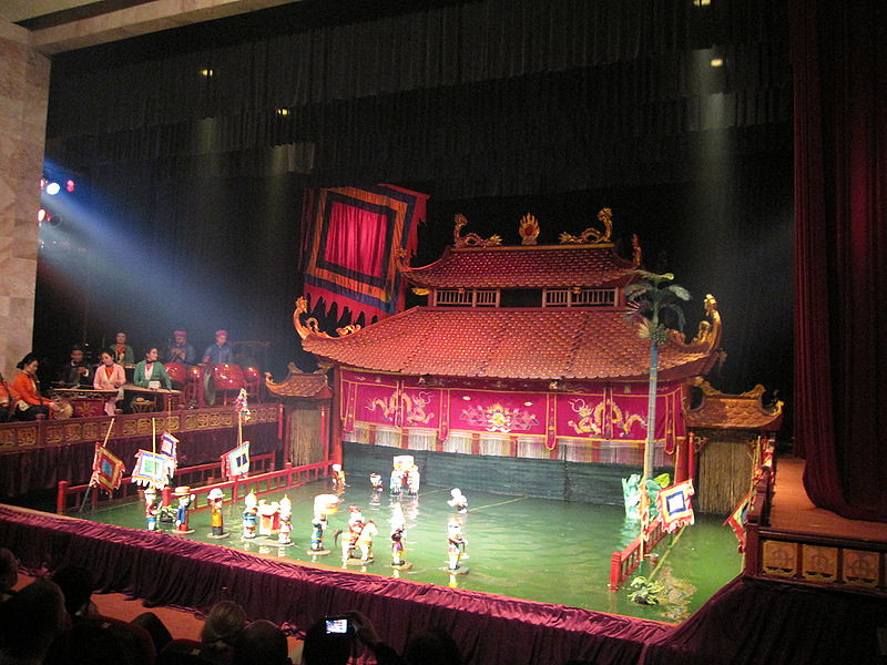 Thang_Long_Water_Puppet_Theatre2