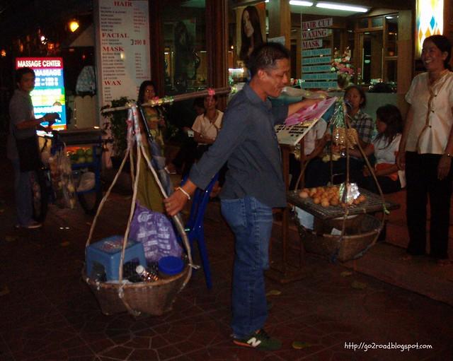 Уличная торговля вТайланде