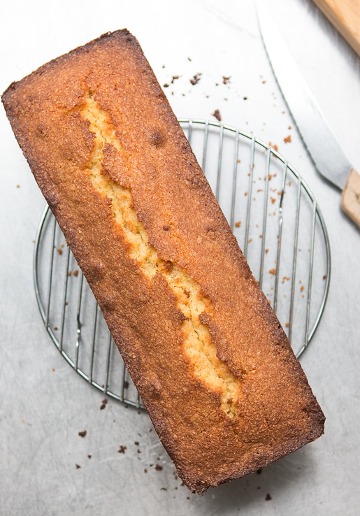 Orange-glazed polenta cake
