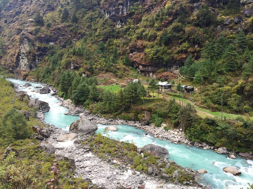 River And Buildings On The Way To Phakding